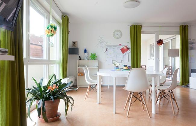 Viel Licht, viel Platz, beste Pflege. Die Wohngruppe für Intensiv- und Beatmungspflege im Norden Berlins.
